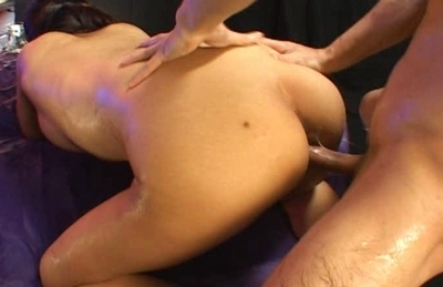 Classy Japanese girl gets her body oiled and her anal hole screwed